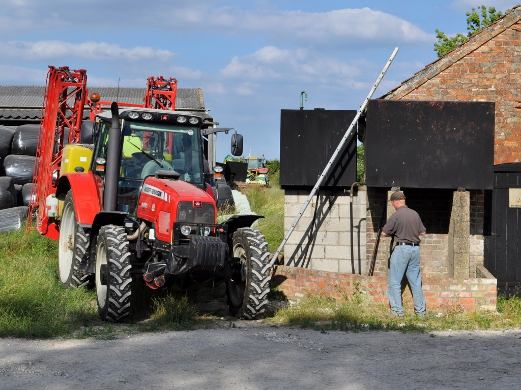 Farm Tractor Fuel Tanks : Farm fuel security classic tractor magazine